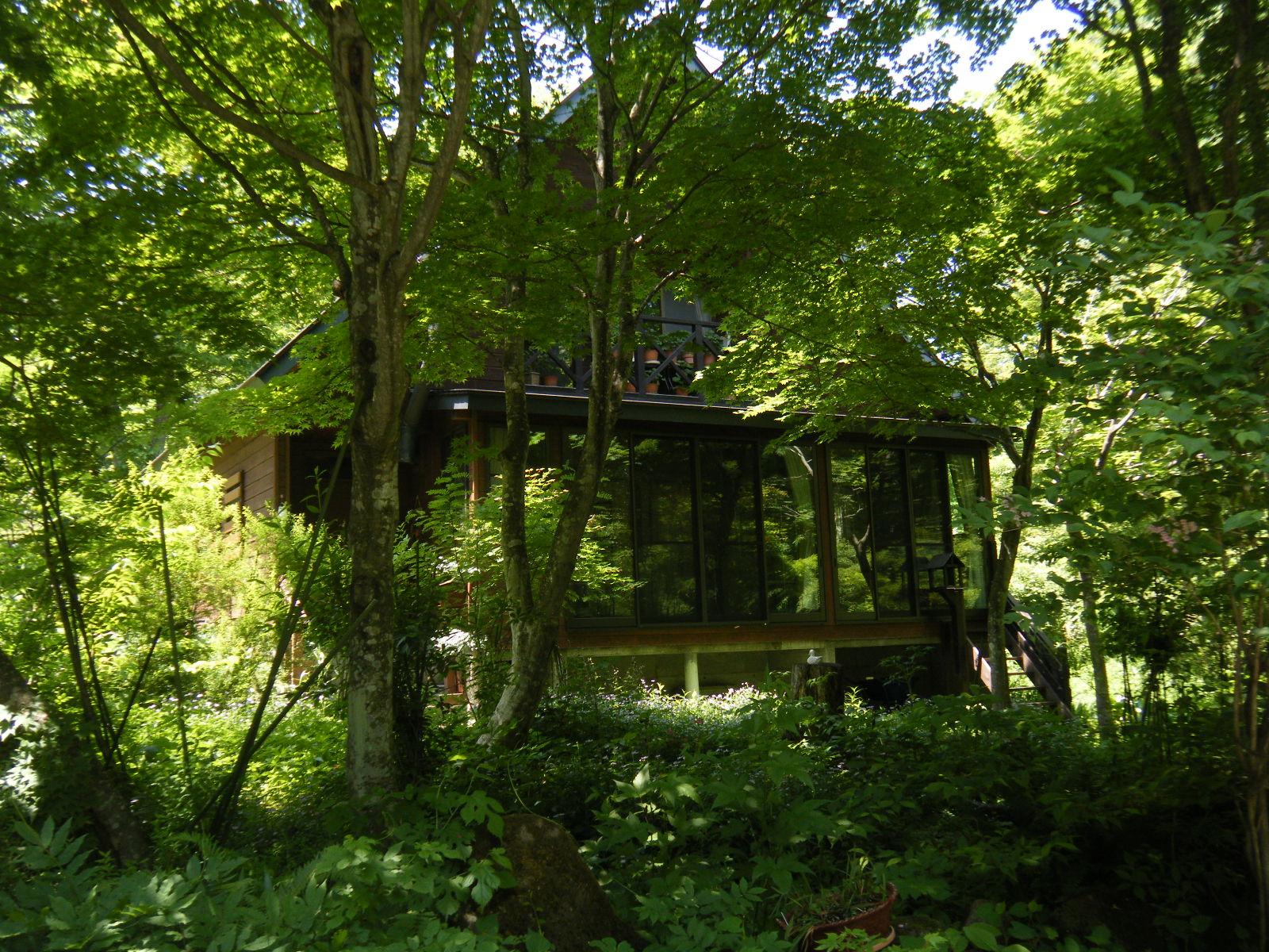 信濃町湯の入別荘